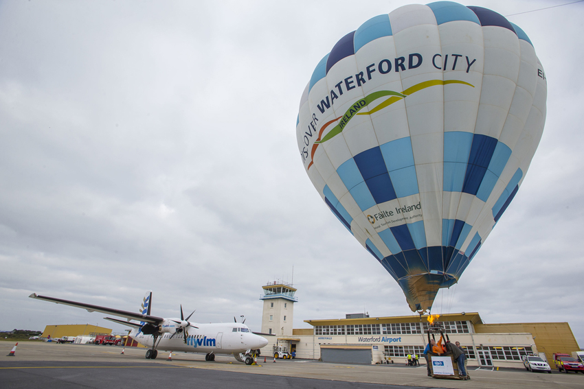 'In-Line Launch' at Waterford Airport as part of the Irish Hot Air Ballooning Championships